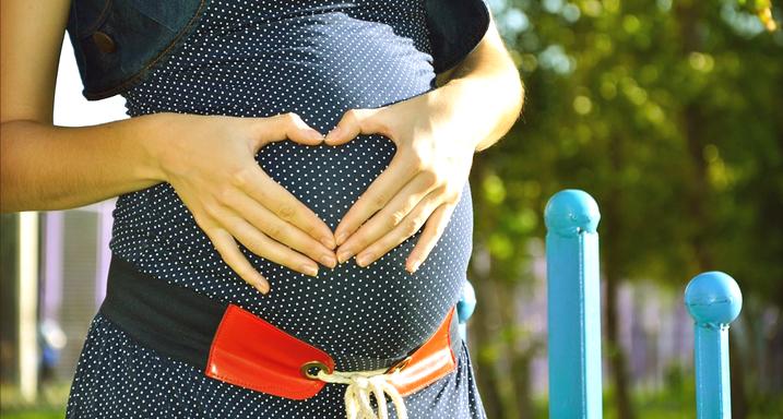לידה טבעית עם דולה