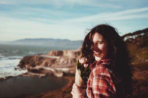 דיכאון אחרי לידה - יציאה: שיטת החיוך המאולץ